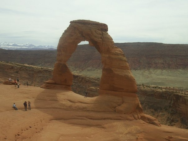 Bonnie at the base of Delicate Arch Dec 2008